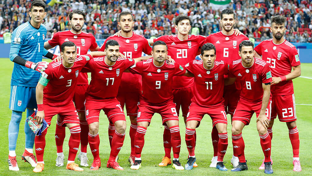 Kazan (Russian Federation), 20/06/2018.- The starting eleven of Iran before the FIFA World Cup 2018 group B preliminary round soccer match between Iran and Spain in Kazan, Russia, 20 June 2018. (RESTRICTIONS APPLY: Editorial Use Only, not used in association with any commercial entity - Images must not be used in any form of alert service or push service of any kind including via mobile alert services, downloads to mobile devices or MMS messaging - Images must appear as still images and must not emulate match action video footage - No alteration is made to, and no text or image is superimposed over, any published image which: (a) intentionally obscures or removes a sponsor identification image; or (b) adds or overlays the commercial identification of any third party which is not officially associated with the FIFA World Cup) (España, Mundial de Fútbol, Rusia) EFE/EPA/ROBERT GHEMENT EDITORIAL USE ONLY