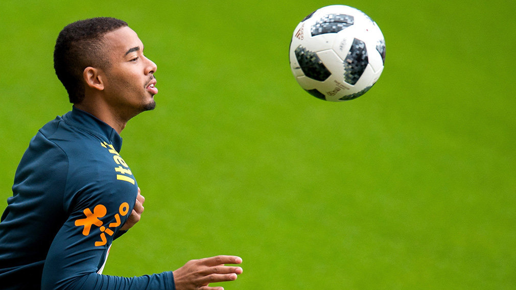 Brazil's player Gabriel Jesus attends a team training session at Anfield in Liverpool, Britain, 02 June 2018. The Brazilian national soccer team prepares for the FIFA World Cup 2018 taking place in Russia from 14 June to 15 July 2018. (Mundial de Fútbol, Brasil, Rusia) EFE/EPA/PETER POWELL .