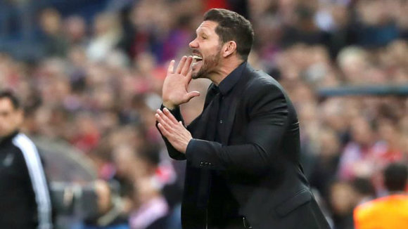 Diego Simeone dirige al At. Madrid. Foto Efe