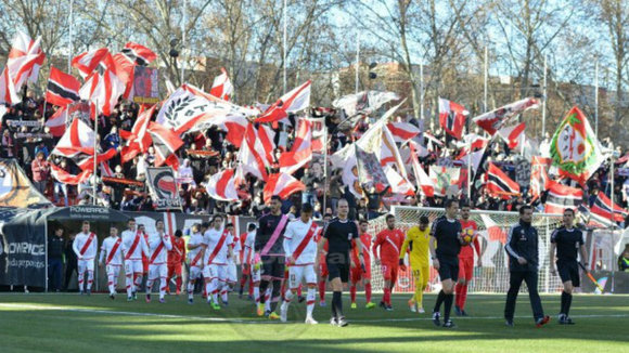 Afición del Rayo Vallecano en Madrid. Foto web R. Vallecano.