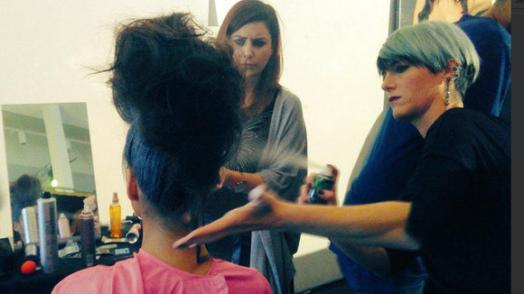Una imagen del backstage de la Navarra Fashion Week