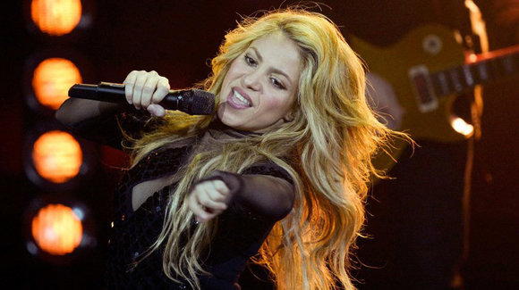 Colombian singer Shakira performs during the 2014 Echo Music Awards in Berlin March 27, 2014. Established in 1992, the German Phonographic Academy honours national and international artists with the Echo German music prize.                          R