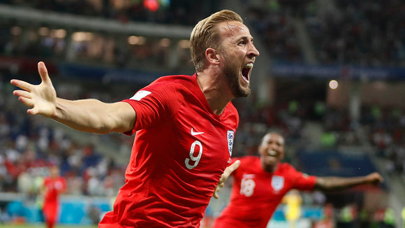 Volgograd (Russian Federation), 18/06/2018.- Harry Kane of England celebrates after scoring the winning goal during the FIFA World Cup 2018 group G preliminary round soccer match between Tunisia and England in Volgograd, Russia, 18 June 2018.