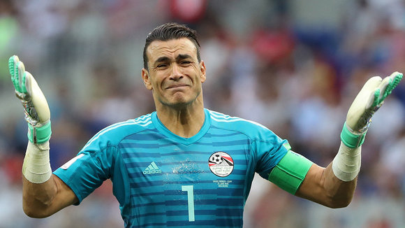 Volgograd (Russian Federation), 25/06/2018.- Goalkeeper Essam El-Hadary of Egypt reacts during the FIFA World Cup 2018 group A preliminary round soccer match between Saudi Arabia and Egypt in Volgograd, Russia, 25 June 2018. (RESTRICTIONS APPLY: Editorial Use Only, not used in association with any commercial entity - Images must not be used in any form of alert service or push service of any kind including via mobile alert services, downloads to mobile devices or MMS messaging - Images must appear as still images and must not emulate match action video footage - No alteration is made to, and no text or image is superimposed over, any published image which: (a) intentionally obscures or removes a sponsor identification image; or (b) adds or overlays the commercial identification of any third party which is not officially associated with the FIFA World Cup) (Egipto, Mundial de Fútbol, Arabia Saudita, Volgogrado, Rusia) EFE/EPA/ZURAB KURTSIKIDZE EDITORIAL USE ONLY EPA-EFE/ZURAB KURTSIKIDZE EDITORIAL USE ONLY