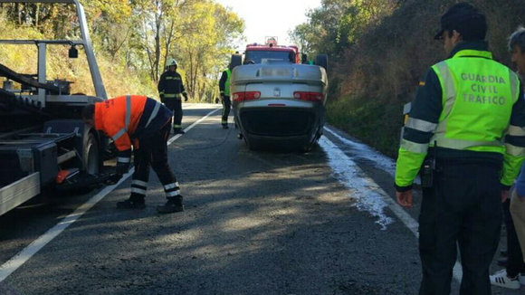 Accidente en la N-121-A (2) GUARDIA CIVIL