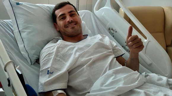 Iker Casillas, en el hospital tras ser ingresado TWITTER