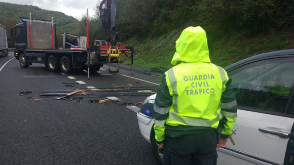 Accidente en Bera, en la N-121-A GUARDIA CIVIL