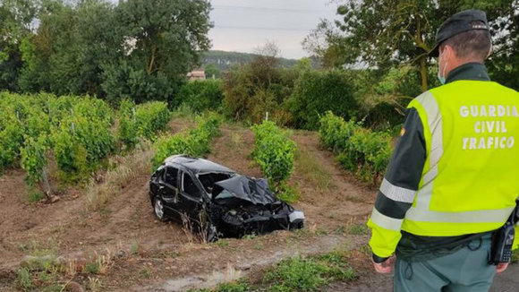 Accidente de tráfico ocurrido en Viana GUARDIA CIVIL