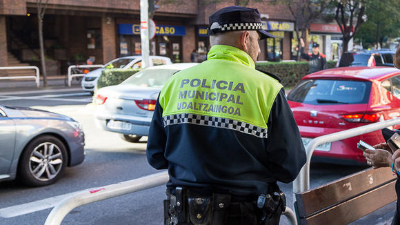 Se accidenta en Beloso y huye hasta la otra punta de Pamplona para que no descubran que está borracho
