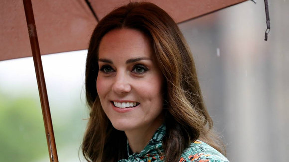 Kate Middleton, toda una 'influencer': el abrigo de Zara de la duquesa de Cambridge arrasa en ventas