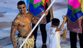 Der Fahnentrager von Tonga Pita Taufatofua bei der Eroeffnungsfeier der Olympischen Sommerspiele 2016 am 05.08.2016, Rio de Janeiro Copyright: xSchülerx/xEibner-Pressefotox EP_jse