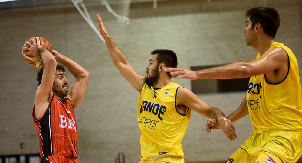 Baloncesto Basket Navarra - Real Canoe NC. MIGUEL OSES06