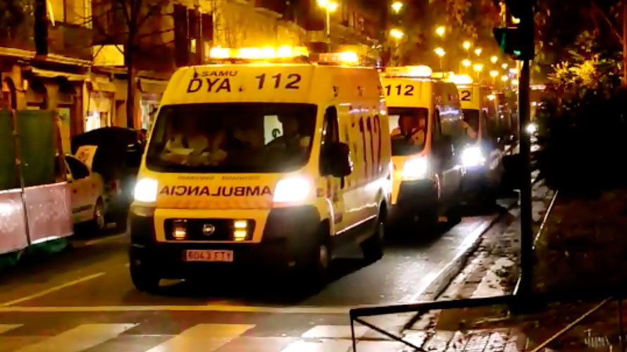 Varias ambulancias DYA en Pamplona.