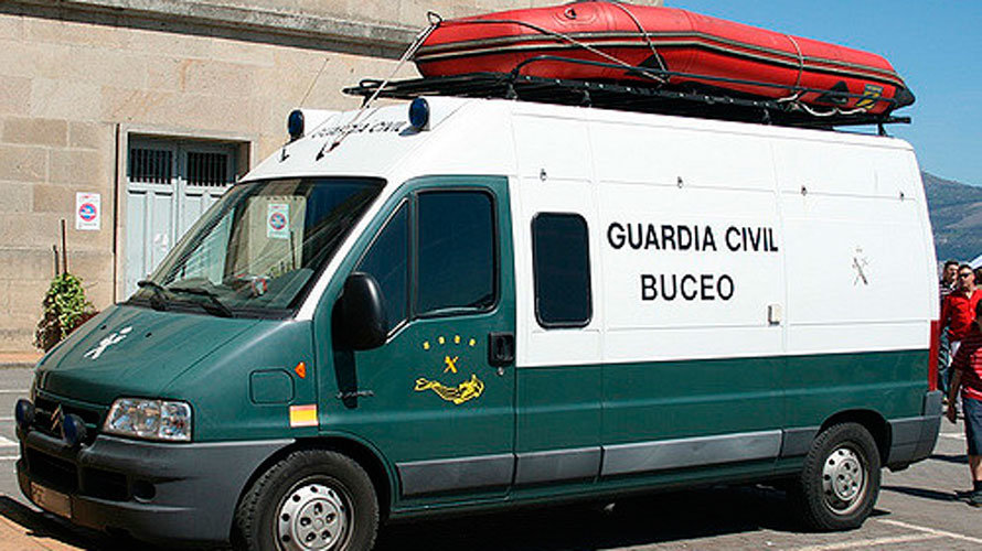 Equipo de buceo de la Guardia Civil.