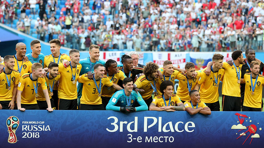 St.petersburg (Russian Federation), 14/07/2018.- Players of Belgium celebrate winning the FIFA World Cup 2018 third place soccer match between Belgium and England in St.Petersburg, Russia, 14 July 2018. (RESTRICTIONS APPLY: Editorial Use Only, not used in association with any commercial entity - Images must not be used in any form of alert service or push service of any kind including via mobile alert services, downloads to mobile devices or MMS messaging - Images must appear as still images and must not emulate match action video footage - No alteration is made to, and no text or image is superimposed over, any published image which: (a) intentionally obscures or removes a sponsor identification image; or (b) adds or overlays the commercial identification of any third party which is not officially associated with the FIFA World Cup) (Mundial de Fútbol, Bélgica, Inglaterra, Rusia) EFE/EPA/TOLGA BOZOGLU EDITORIAL USE ONLY