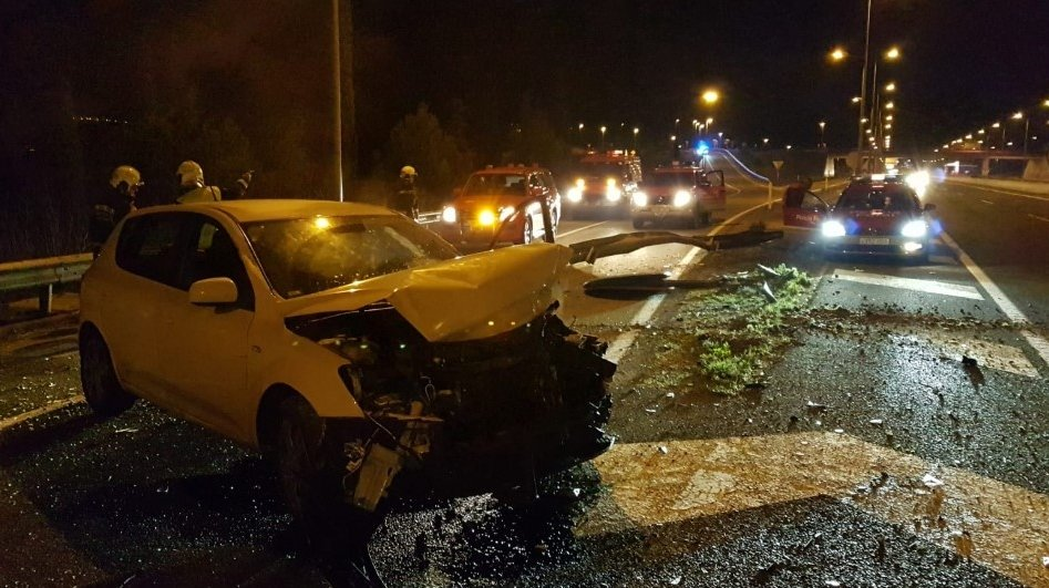 Accidente en Zizur Mayor. BOMBEROS DE NAVARRA
