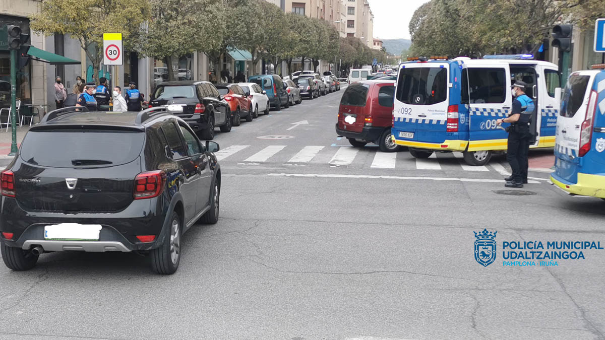 Accidente en Pamplona y positivo en alcohol y 4 drogas